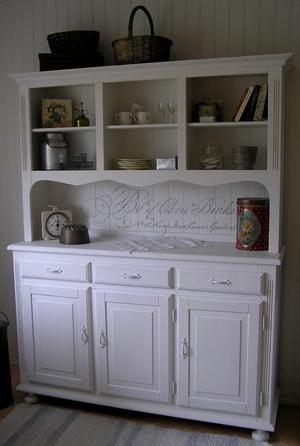 Kitchen cabinet shabby chic